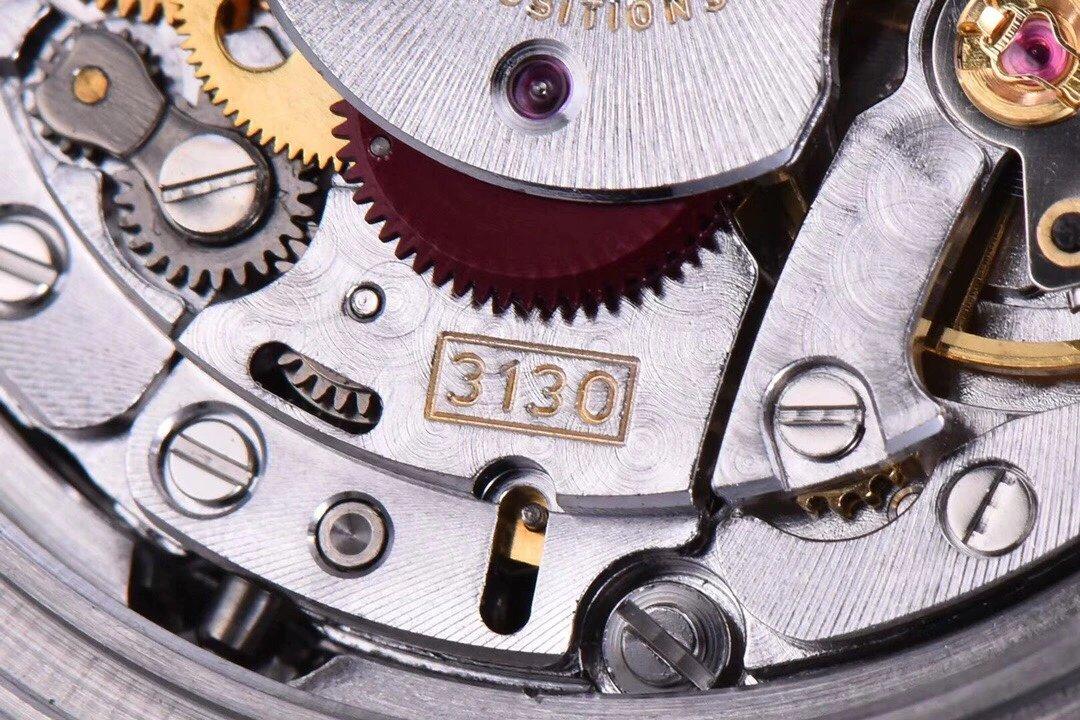 ?ZZ厂V2S绿水鬼,904L精钢版本直径40mm,市场最高版本搭载2836自动机芯、超级防水超强夜光手表